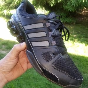 Adidas bounce mens size 10.5